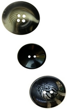 bouton polyester 4 trous 34mm LB24